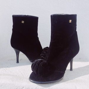 {chanel} velvet bow ankle booties